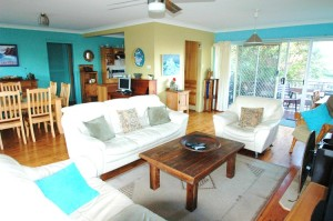 Nambucca Heads holiday rentals - holiday lettings. Mid North Coast accommodation near Valla Beach - pelican
