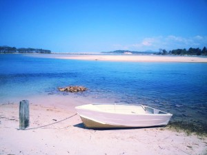 Nambucca River small beaches along river