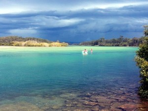 Nambucca Heads holiday rentals - holiday lettings. Mid North Coast accommodation near Valla Beach - Storm coming on Nambucca River